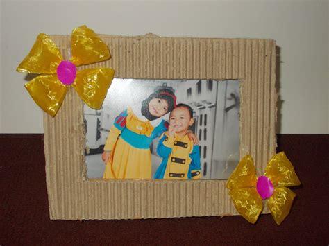 Cara Membuat Kerajinan Tangan Bingkai Foto Dari Sedotan | fayruz fadhil bingkai foto dari kardus bekas