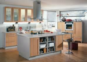 Two Tone Kitchen Cabinet Pictures Of Kitchens Modern Two Tone Kitchen Cabinets