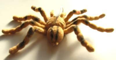 schöne lichterketten haarige spinne kleine geschenke mitgebsel