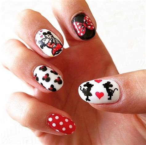 24 best images about disney nail arts on pinterest nail makeup beauty hair skin these disney nail art ideas