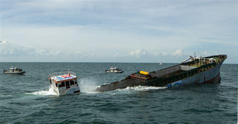 sinking boat robben island spotd japanese built merchant vessel sunk off texas