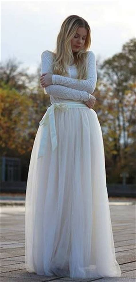 Amora Maxi 8 maxi tulle prom skirt in beige