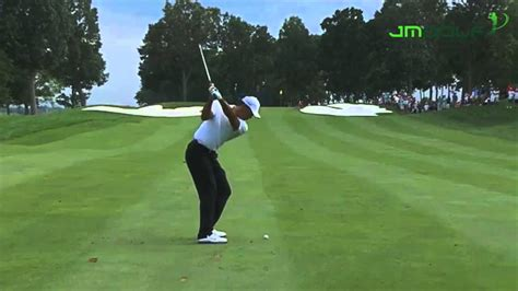 tiger woods swing tiger woods iron swing motion the line