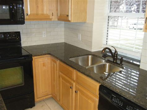 Kitchen Backsplash And Countertop Ideas by Kitchen Backsplash Subway Tile Black Granite Countertop