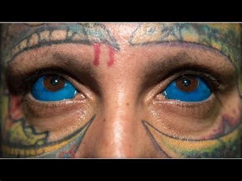 eyeball tattoo gone wrong sclera buzzpls