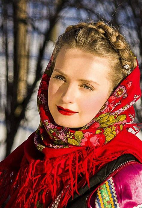 beautiful in russian beautiful girl in russian pavlovsky posad shawl tichels