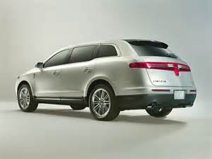 new lincoln cars 2014 2014 lincoln mkt price photos reviews features