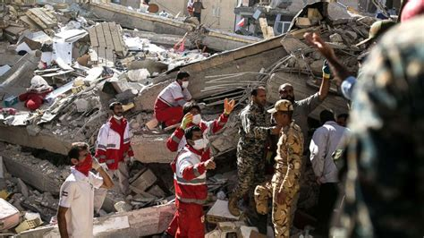 earthquake iran over 400 killed thousands injured in earthquake near iran