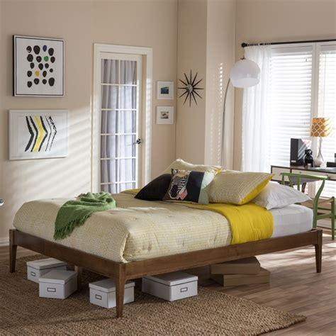 bentley queen bed in walnut sw8021 walnut m17 queen