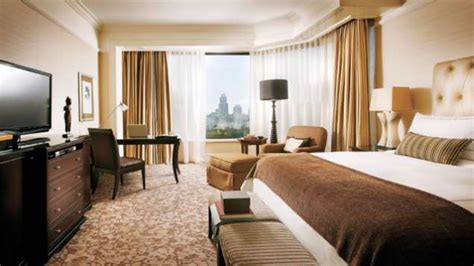 four seasons room rates luxury hotel room rates four seasons singapore