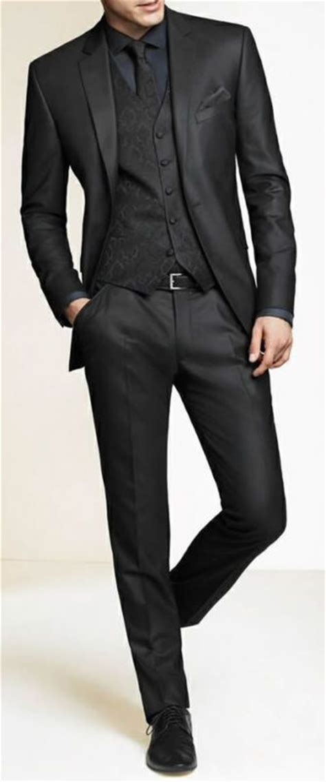 Pakaian Pria Kemeja Slimfit Demian Soft Blue 1000 ideas about grey tuxedo on s grey suits grey suits and tuxedo tie