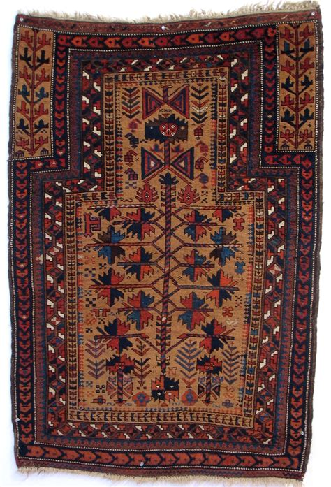 the rugs antique weavings