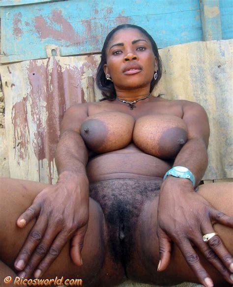 Mama Pussy Collection Naijanote