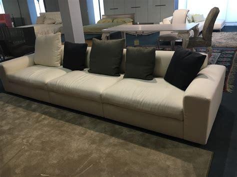 listino prezzi divani poliform amazing divano lineare poliform modello dune divano