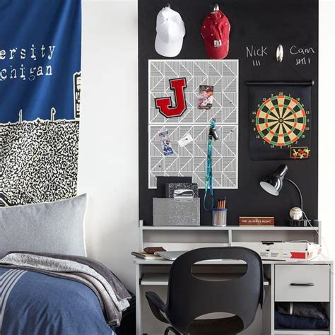 10 guys dorm room decor ideas society19 dorm room decorations guys decoratingspecial com