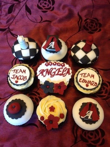 image coolest twilight book cake 5 21338906 jpg 35 best twilight cakes images on pinterest twilight cake