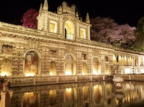 libro sevilla seville turismo en sevilla visitas nocturnas a los reales
