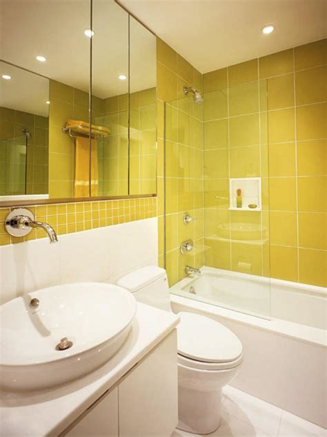 yellow bathtub 21 yellow bathrooms you d be glad to wake up to page 4 of 4