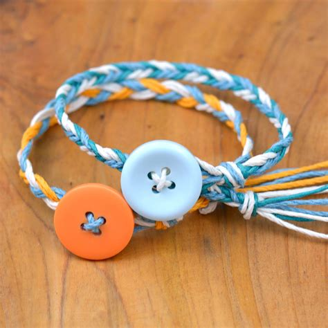making gimp bracelets ultra easy friendship bracelets happy hour projects