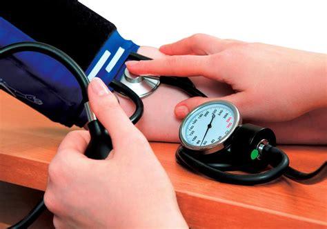 Tensimeter Manual Dan Digital cara mengukur tekanan darah dengan tensi manual