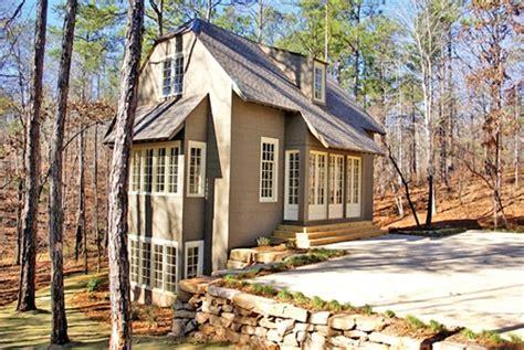 doxa home celebrating the ruralist aesthetic with bill ingram bill ingram architect lake house lake river houses