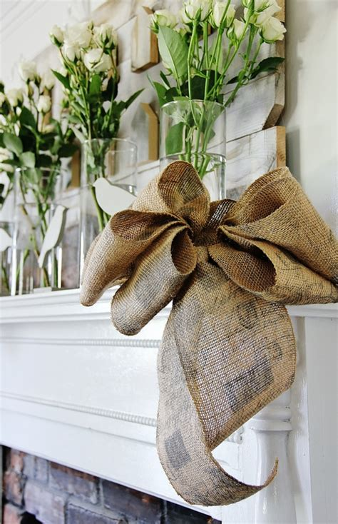 how to place burlap bow and burlap streamers on christmas tree how to make a burlap bow thistlewood farm