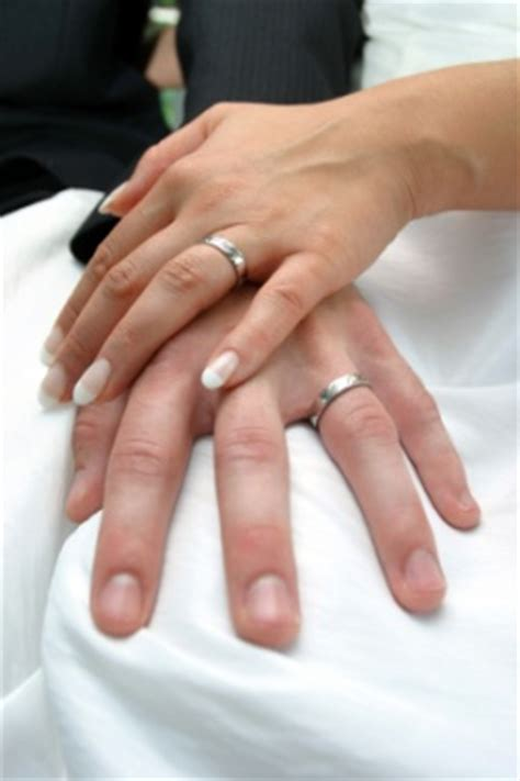 correct way to wear engagement ring and wedding band proper way to wear a wedding ring set the wedding