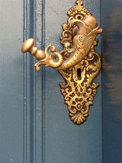 Unique And Interesting Door Knobs For An Appealing Front Door Homesthetics Inspiring ideas