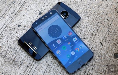 Motorola Moto Z 1 moto z and z droid review the risks are mostly worth it