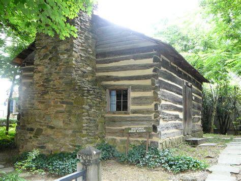 historic ogle log cabin gatlinburg