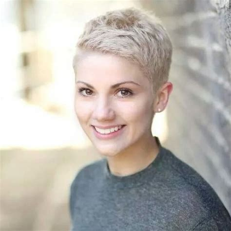 funky super short haircuts for heavy set women best 25 super short pixie ideas on pinterest