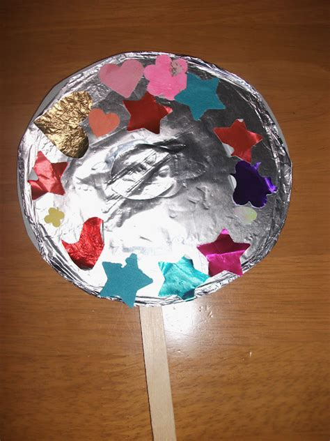 Mirror Craft Paper - preschool crafts for aluminum foil mirror craft