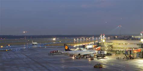 airport dã sseldorf dusseldorf airport parking parkvia