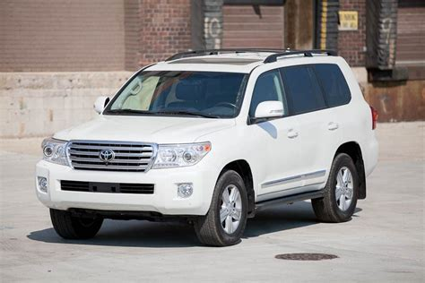 2013 toyota land cruiser mpg 2013 toyota land cruiser reviews specs and prices cars