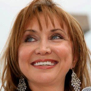 pic of pam tillis hair pam tillis bio facts family famous birthdays