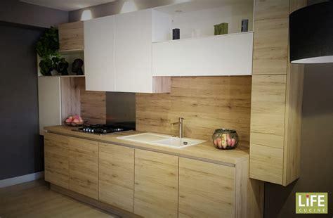 dipingere le pareti della cucina stunning colorare le pareti della cucina pictures home