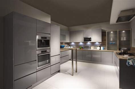 Coloured Kitchen Cabinets High Gloss Kitchens Kuchenworld Affordable German