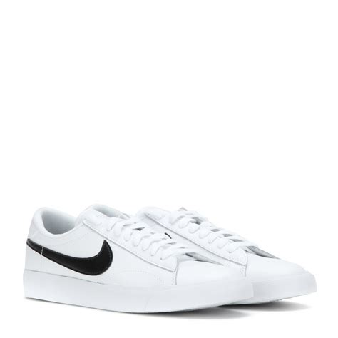 white nike tennis shoes nike tennis classic leather sneakers in white lyst