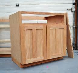 pdf diy woodworking projects kitchen cabinets