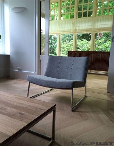 grijze moderne fauteuil 1000 images about alle pilat fauteuils on pinterest