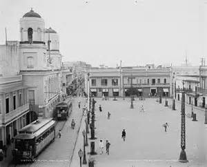 Of city hall in plaza de armas old san juan jpg wikimedia commons