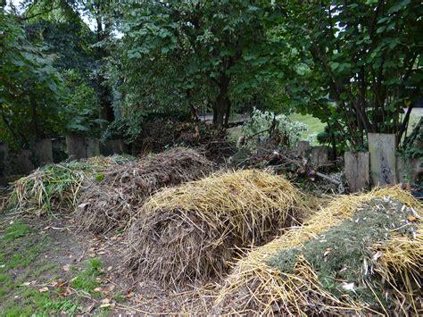 Ordinaire Bac A Jardiner En Hauteur #4: compostage-en-tas.jpg