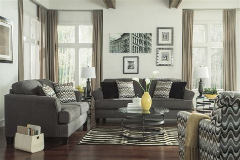 Living Rooms With Accent Chairs Affordable Black And White Accent Chairs Furnishings Interior Segomego Home Designs