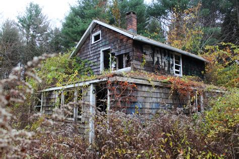abandoned connecticut 9 abandoned places in connecticut that are hauntingly empty