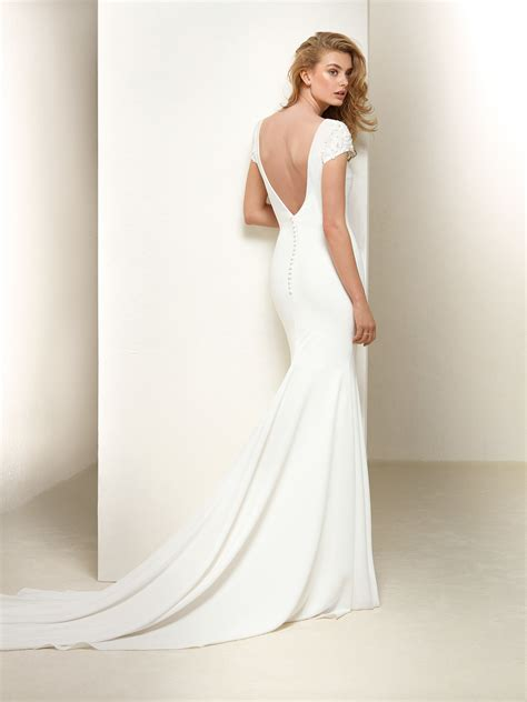 Plain Wedding Dresses by Dralan Plain Mermaid Style Dress With Embroidered