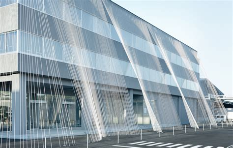 Earthquake Architecture | kengo kuma anchors an earthquake resistant building with