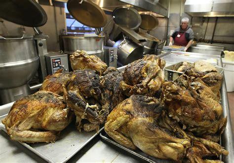 soup kitchen volunteer san francisco hells volunteers prepare thanksgiving dinner at sf
