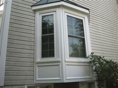 Bay Window Design Ideas Exterior by 25 Best Ideas About Exterior Window Trims On