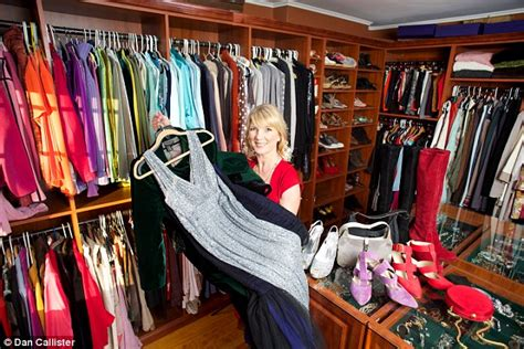 The Closet Shopper by Ddding Up The Cost Of Clothes Cured Shopping Addiction Daily Mail