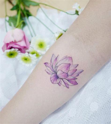 lotus tattoo camrose hours 17 mejores ideas sobre watercolor lotus tattoo en